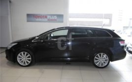 Avensis touring 2.2 D Executive
