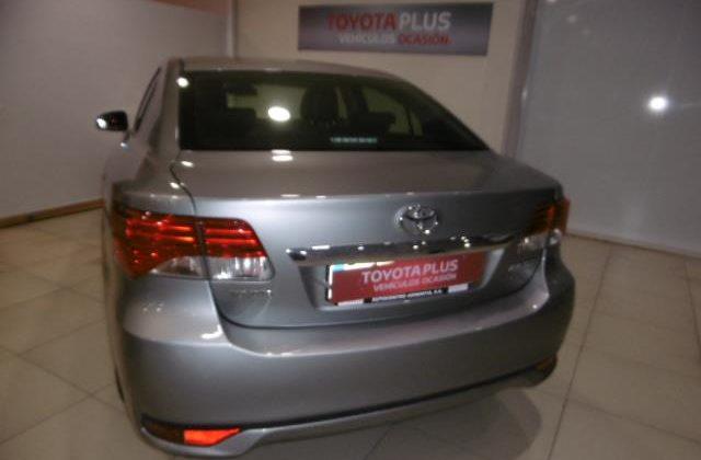Avensis sedan Executive 180 D